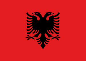Albaniens flagga (Wikimedia Commons)